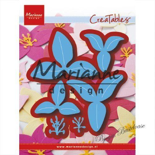 Stanzschablone Blüte Jeanines Art Butterflies and Flowers